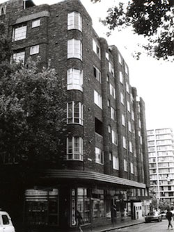 Dudley Ward, Gowrie Gate, 1938